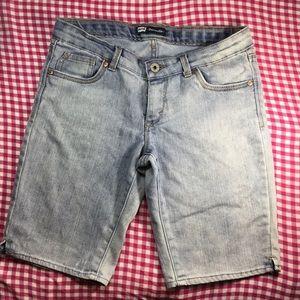 Levi's Girls Stone Washed Bermuda Shorts Sz 16 R